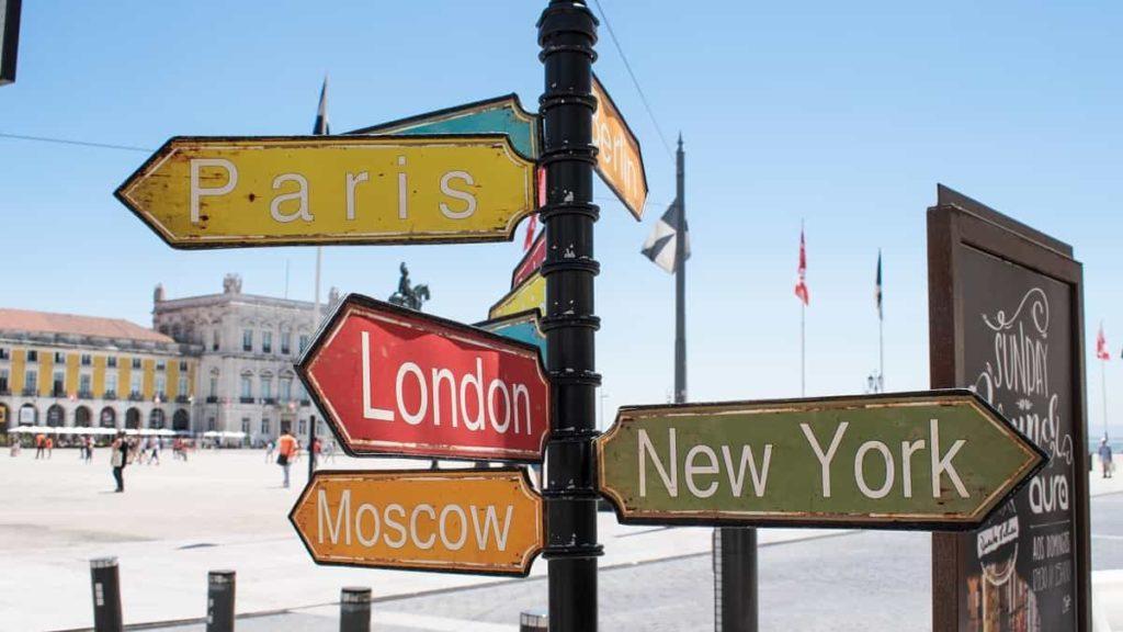 Viaggi on line: i vantaggi di prenotare la tua vacanza in rete