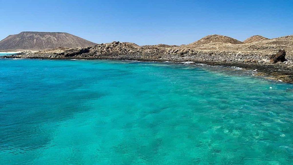 Viaggio all'estero per single a Fuerteventura la seconda più grande delle Isole Canarie della Spagna