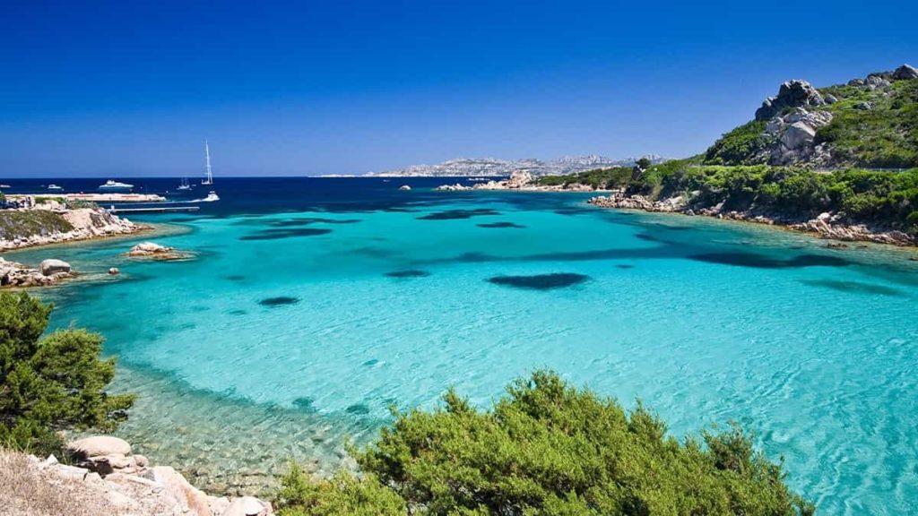 Il tuo viaggio di gruppo per single in Sardegna a Costa Rei in un piccolo angolo di Paradiso