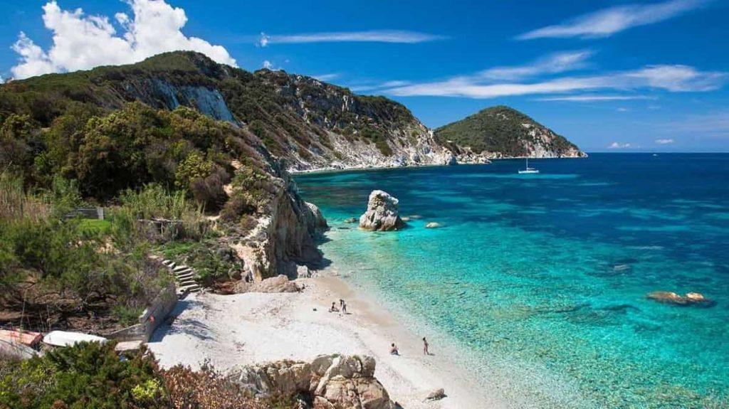 Isola d'Elba: il tuo viaggio di gruppo per single in un'oasi da sogno dell'Arcipelago Toscano