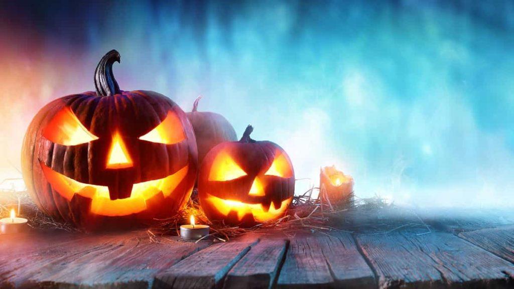 Weekend con delitto per festeggiare Halloween in modo originale con nuovi amici single
